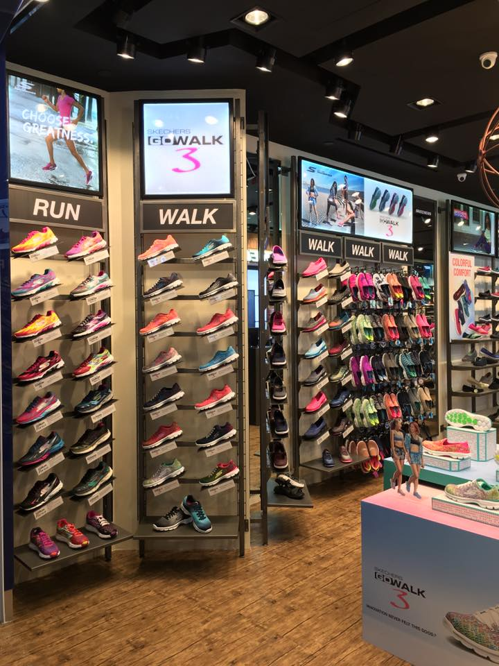 SKECHERS Singapore Compass One Opening Exclusive Sports Water Bottle with Purchase | Why Not Deals 3 & Promotions