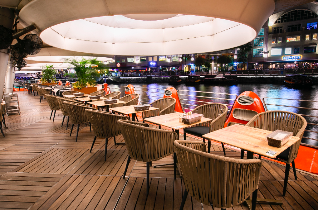 Happy Hour: 50% off ALL alcoholic drinks at Tsui Wah Clarke Quay   Why Not Deals 1 & Promotions