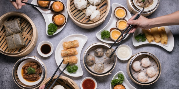 Free Flow Dim Sum Buffet (1 dines free for every 2 paying adults this October!) at Tang Lung