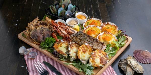 20% Off Seafood Platter & Free Flow Wine @ Fremantle Seafood Market