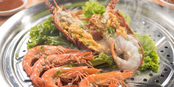 Tian Tian Fisherman's Pier Seafood Restaurant offers 50% OFF all its Seafood Steampot Sets