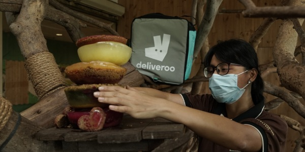 Celebrate World Wildlife Day with Deliveroo at Singapore Zoo